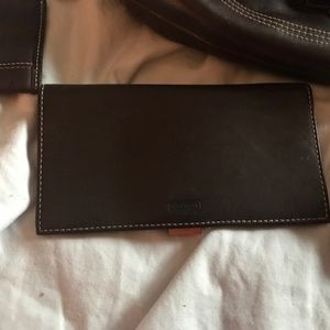 like new chocolate brown Coach bag
